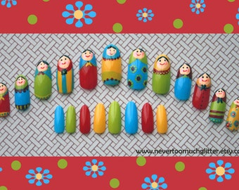 Russian Doll Nail Art by NeverTooMuchGlitter in Your Choice of  Oval, Almond, Stiletto or Coffin. False Nail Set for Russian Doll Lovers.