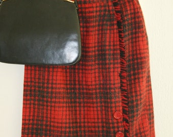 1950s 1960s Red Plaid Skirt  // 26 Waist // Fall Winter Plaid Skirt // Schoolgirl // Classic Plaid Short Skirt // 1950 1960 Wool Skirt