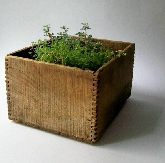 Antique Wooden Box Rustic Farmhouse Cottage Style