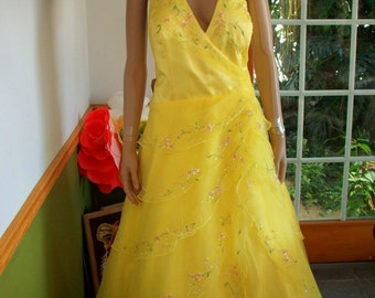 Womens Formal- Yellow Southern Bell  Ball Gown  New/dead-stock  with Tags Floor Length-Sleeveless Gown