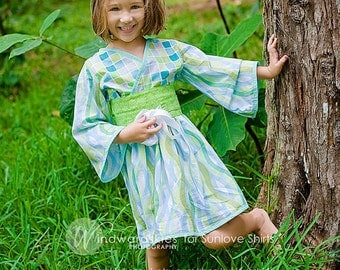 "SALE - Aqua Blue & Green ""Ocean Serenity"" Kimono Dress - Girls - Sash - Japanese - Birthday - Party - Costume - Celebration - Mommy and Me"
