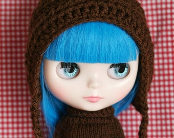 Crochet Gnome Helmet for Blythe - Pixie Hat Chocolate Brown