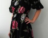 Vintage 1980s Blooming Roses Floral Dress