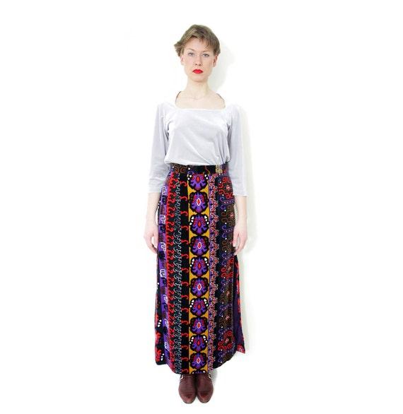 Vintage skirt / 1970s kaleidoscope long velvety skirt / size S-M