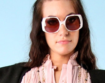 Vintage Sunglasses Oversized Designer L. Evrard France Eyewear Sunnies Pearl White