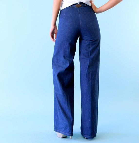Vintage Levis Denim Jeans Bell Bottoms High Waist 70s small xs Rare MINT Deadstock Old Stock New with Tags Attached