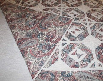 SALE. Simply Floored Quilt, Pieced Vintage Paisley, Blue-gray and dusty rose with Ivory