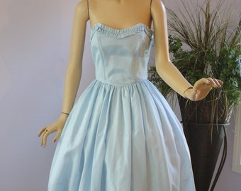 Vintage 50s Formal Dress  Blue Taffetta Strapless Princess Dress w Shelf Bust Full Flirty Skirt