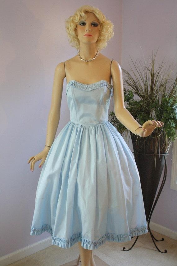 Vintage 50s Formal Dress  Blue Taffetta Strapless Princess Dress w Shelf Bust Full Flirty Skirt
