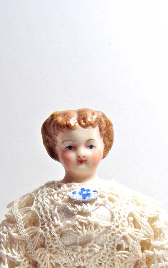 Antique Reproduction Miniature Porcelain Doll house Doll