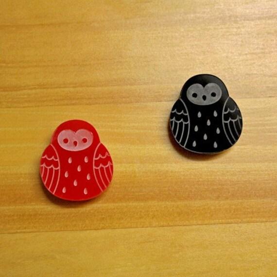 Laser Cut Acrylic Brooch Owl red or black - SALE!