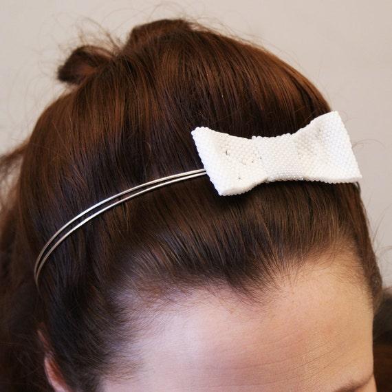 White Bow Headband.  Bridal Hair Accessories. 1940s / 1950s Wedding.