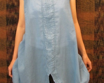 SALE 29 USD--B212--Blue sky (Cotton blouse with pleats)