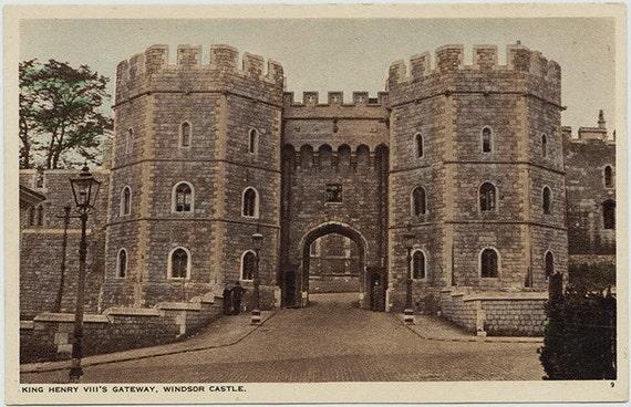Items similar to Vintage postcard King Henry VIII Gateway Windsor ...