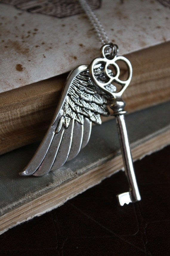Flying Key Necklace - Steampunk Jewelry