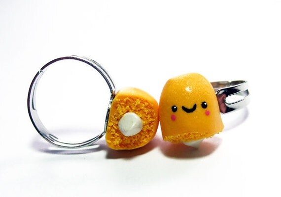 Best Friends Rings Twinkie Halves - Miniature Food Kawaii BFF Jewelry