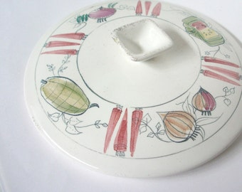 Vintage Retro Casserole Lid. Vintage Casserole. Vintage Retro Eames Era Ceramic. 1950-60s Kitchen Decor. Cassorole Lid. Decorative Wall Art.