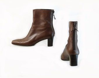 Vintage Stuart Weitzman Brown  Leather Ankle Boots // Boho Retro Rocker // Back Zipper //  Size 7 1/2 N