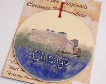 DO YOU RECOGNIZE this Chicago Landmark - personalizable handmade ceramic watercolor ornament original design by Wisconsin artist