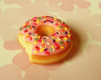 polymer clay strawberry with sprinkles doughnut magnet