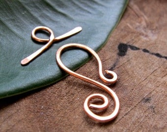 Copper Toggle Clasp 1 inch. Solid Copper Hand forged T-bar Clasp for Necklace, Bracelet / Necklace Clasps / Handmade Swirl Clasp / Hammered
