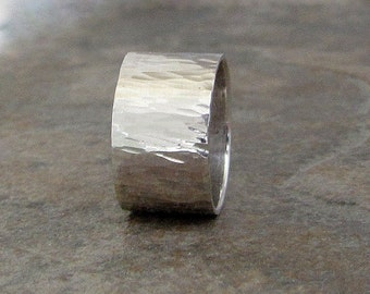 Mens Silver Ring Hammered Wedding Band Rustic Wedding Ring Silver Bark Ring Wide Silver Ring Engraved First Finger Ring