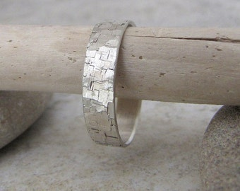 Hammered Wedding Band Silver Wedding Ring Distressed Mens Wedding Band Rustic Bark Ring Rustic Wedding Band Unique Wedding Ring Gift for Him