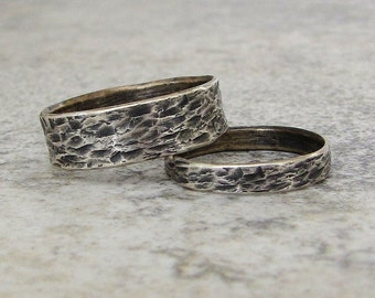 Silver Wedding Bands Distressed Bark Wedding Rings Rustic Wedding Bands Unique Wedding Rings Engraved Personalized Wedding Band Set His Hers