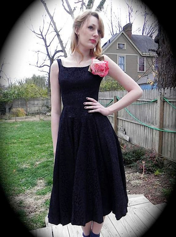 High End FANTASTIC Vintage 1950s Black Lace Party Designer Dress with Petticoat Sm -on sale-