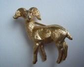 NAPIER Ram/Big Horn Sheep Brooch