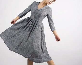 Gray linen dress,fit and flare dress,Mod Dress, knee length dress ,v neck dress, shirt dress,marl gray,midi dress, Fall dress,Mod dress MM50