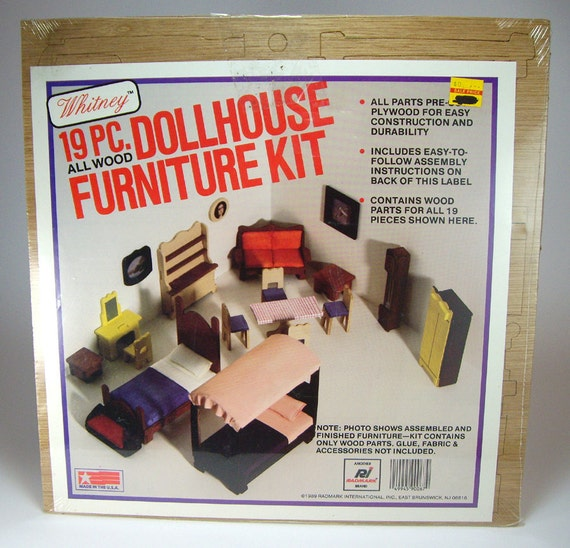 All Wood Pre Cut Dollhouse Furniture Kit 19 Piece Dollhouse