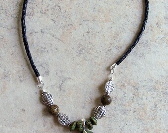 Oval Green Stone Beaded Necklace