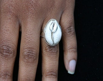 Sterling Silver Cowrie Shell Ring with Metal Cowrie Shell - Ladies Rings - Beautiful Afrocentric Jewelry