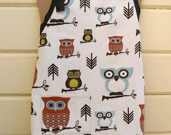 Owl student apron in blue, brown, rust & lime