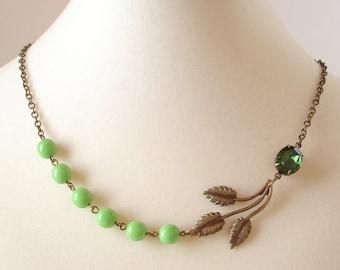 Mint Green Necklace Swarovski Tourmaline Celery Glass Beads Leaf Green Rhinestone