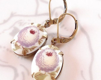 Retro Lilac Earrings Vintage 50s Milk Glass Summer Floral Cabochons