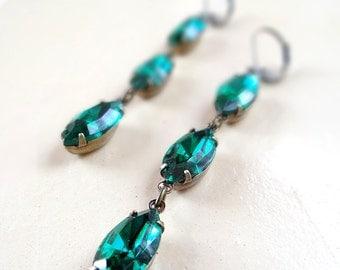 Vintage Swarovski Crystal Emerald Earrings Green Retro Rhinestone Navettes