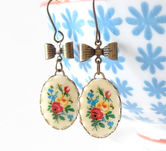 Vintage Floral Cabachon Earrings Bows Retro Country French Cottage Chic