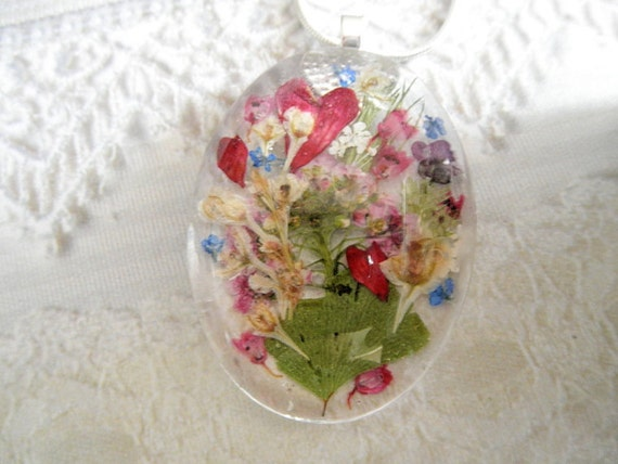 My Secret Garden-Victorian Pressed Flower Oval Domed Glass Pendant-Coral Bells, Silver Lace Vine, Alyssum, Queen Anne's Lace