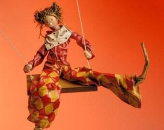 ooak art doll-poupée d'art- red yellow white-lutin-harlequin-marionnette-pierrrot-losanges-swing-balançoire-lutin- fairy-fée-figurine-puppet