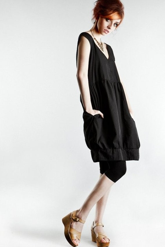 Size extra small- Key Influence Dress in Black, modern chic, oversize, wabi sabi- ready to ship