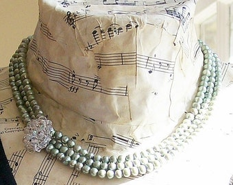 Necklace Crystal and Thyme Pearl with Vintage