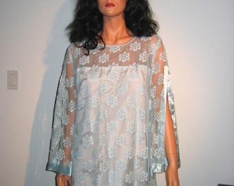 Vintage 1960's Lace Dress for Party, Cocktails, Dancing. Excellent condition. Blue.  Size 18.