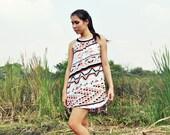 Short Caftan Dress Swing Day Vintage Petite Sleeveless Kaftan Tunic Mini Beach Sundress Boho Graphic Print XS Fall Fashion Etsy Gift