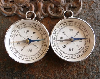 Kitschy Vintage Retro Gumball Machine ToY Compass Pendant Charms