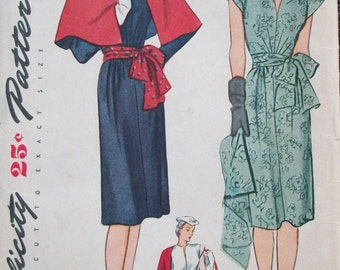 Vintage 1940s Sunburst Waist Dress and Cape Pattern Low V Neck Tie Sash 1945 Simplicity 1289 Bust 30