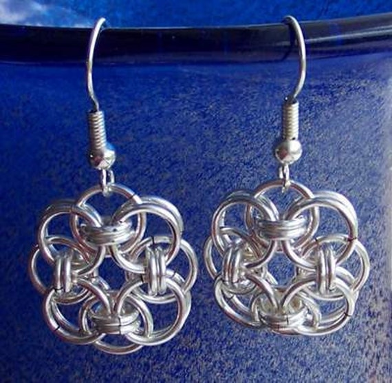 Chainmaille earrings. Silver plated