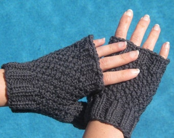 20% OFF SALE!!! Little Gray Gloves - Fingerless Wool and Hand Knit - Last One
