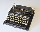 Remington Portable Model 3 Typewriter with Case and Key, 1930s, Portable Typewriter, Wedding Typewriter, Traveling Typewriter,